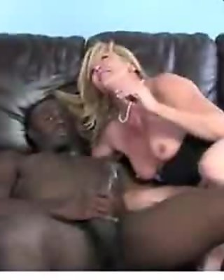 Hardcore interracial sex with sexy MILF 4