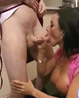 Busty Mature Wife (ariella ferrera) Love Hardcore Intercorse clip-05