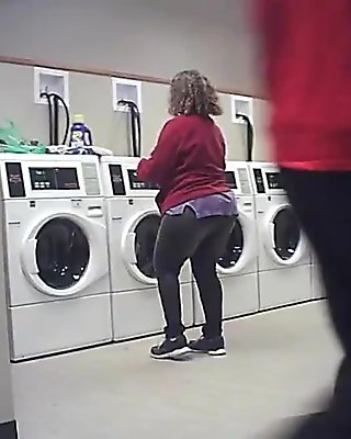 DEF JAM DOES MY LAUNDRY 1 of 4