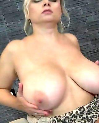 Kinky mom with sexy body