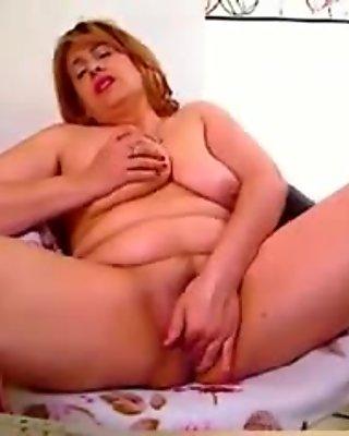 Red rusia mature has big orgasm