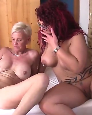 Reife Swinger - Wild German threesome with mature swingers