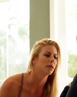 MILF Catfight turns to Pussy Licking Fiesta!