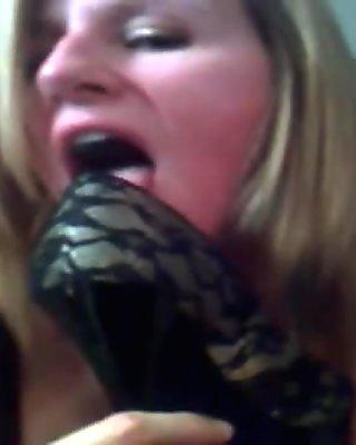 Avmost.com - mature shoe fetish on cam