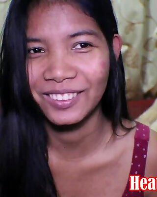 16 settimane in cinta Thai Adolescente Erica Deep Dido Squirt cremoso