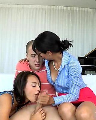 Sensational irrumation job during threesome
