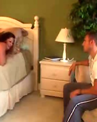 Voracious MILF gorges on a fat cock like a porn star