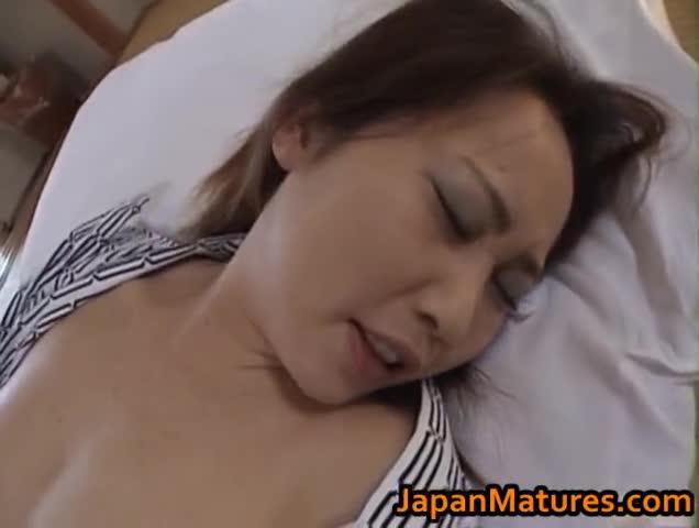 Japanese babe has amazing sex part2