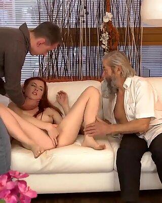 Bionda nonna solo xxx esperienza inaspettata con un signore anziano