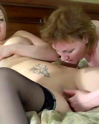 Viola D&Megan 06