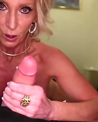 Mature hot stepmom fucks 18 y.o young guy