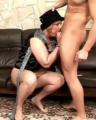 Seks mulut mulut nenek dan kompilasi seks