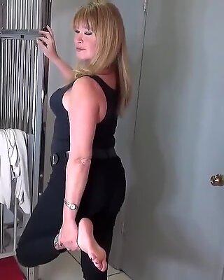 Sexy granny feet...