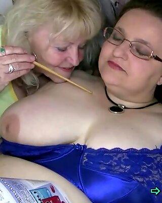 Бабуля соблазняет жирные чика