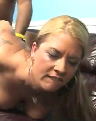 Moms Insatiables Big Tits Interracial 30