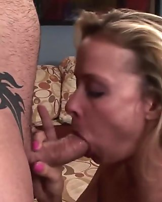 Sexy Mom Payton Leigh Perfect Ass Anally Pounded