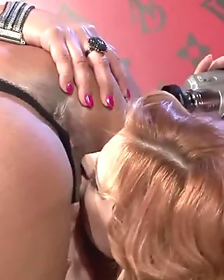 Two stunning babes have some lesbian fun