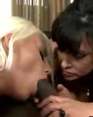 (jacky lisa) Superb Mature Lady Like Big Black Mamba Cock In Her Holes mov-08