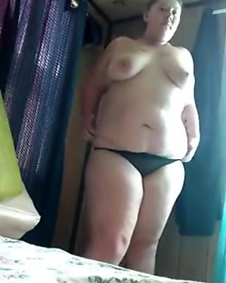 amature bbw strips