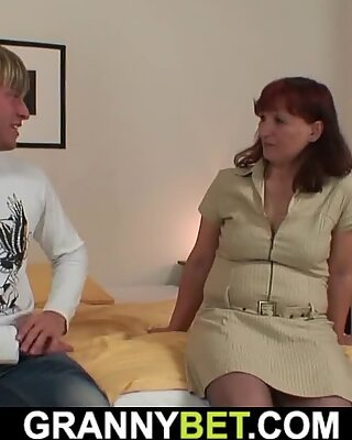 He Brings Hot Granny In Stockings Hot Home For Big Dick Fucking