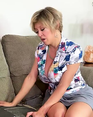 Naughty Mom Found Stepdaughter'_s Masturbation Video on her Mac  - Tiffany Watson, Dee Williams