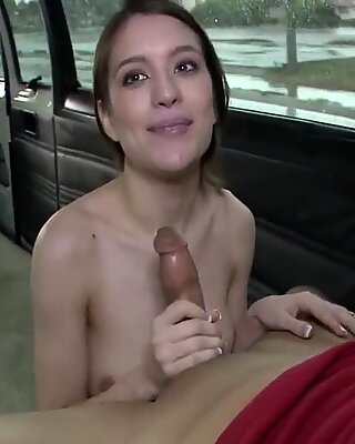 That babe adores car sex and shows off her outstanding sex skills