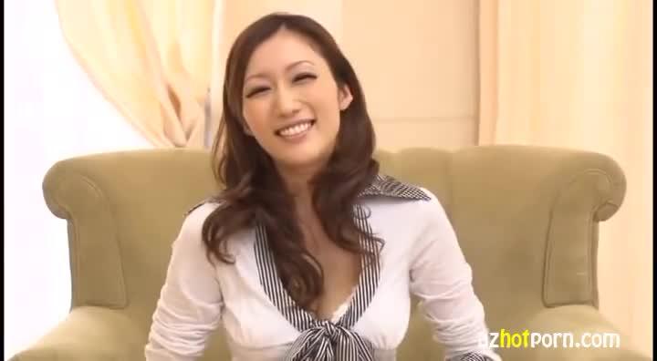 AzHotPorn.com - Beautiful Attractive Mature Woman