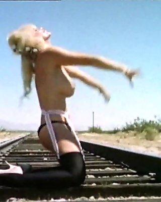 PSYCHO TITS - vintage go-go tease big natural boobs